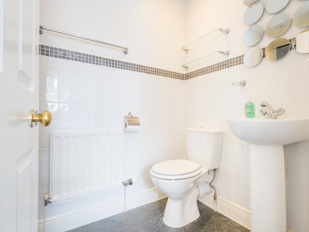 Meadowside_Bathroom